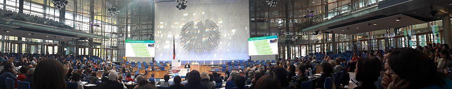 1000 Übersetzer und Dolmetscher bei der Zukunftskonferenz 2019 des Bundesverbands der Dolmetscher und Übersetzer.